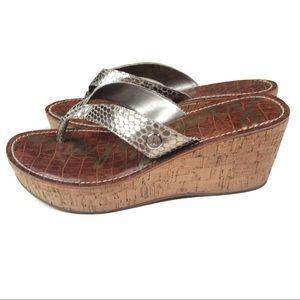 SAM EDELMAN Romy Wedge Thong Sandal Light Gold 7.5